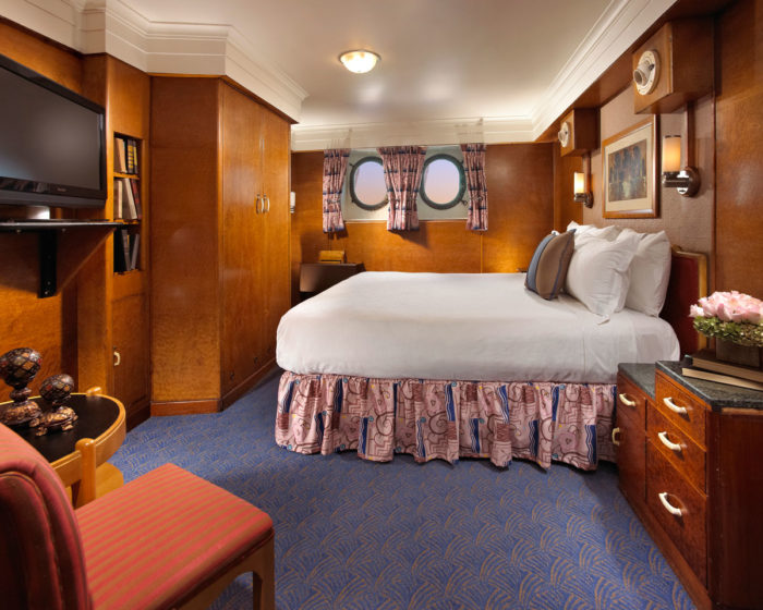 You Can Now Stay In The Queen Mary S Most Haunted Room