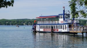 Spend A Perfect Day On This Old-Fashioned Paddle Boat Cruise In New York