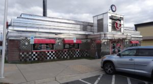 You'll Absolutely Love This 50s Themed Diner In Virginia