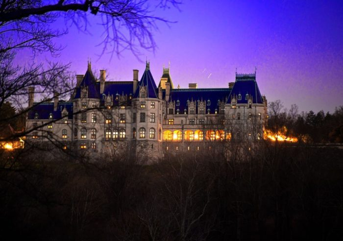 The biltmore in asheville north carolina is one of the for Is biltmore estate haunted