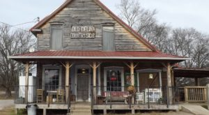 A Trip To The Oldest Grocery Store Near Nashville Is Like Stepping Back In Time