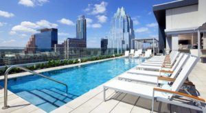 You'll Want To Spend All Summer At This Beautiful Rooftop Pool In Austin