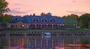 10 Lakeside Restaurants In Minnesota You Simply Must Visit This Time Of Year