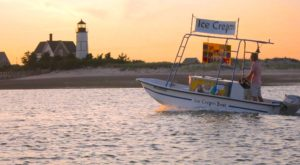 There's An Ice Cream Boat In Massachusetts That Will Deliver Treats Right On The Beach