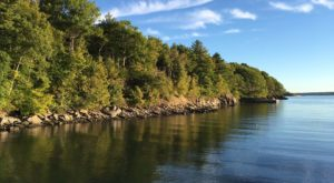 This Island Might Be Maine's Best Kept Secret And You'll Want To Visit