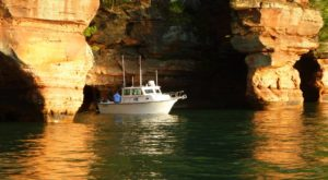 The Cave Boat Tour You Can Only Take In Wisconsin Will Bring Out Your Inner Adventurer
