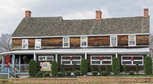 The Revolution-Era Pub In New Jersey That's Positively Overflowing With History