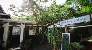 This Cafe In Hawaii Is Located In The Most Incredible Tropical Garden Setting