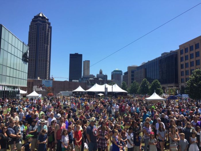 11 iowa festivals you can 39 t miss in 2018 for Iowa largest craft show