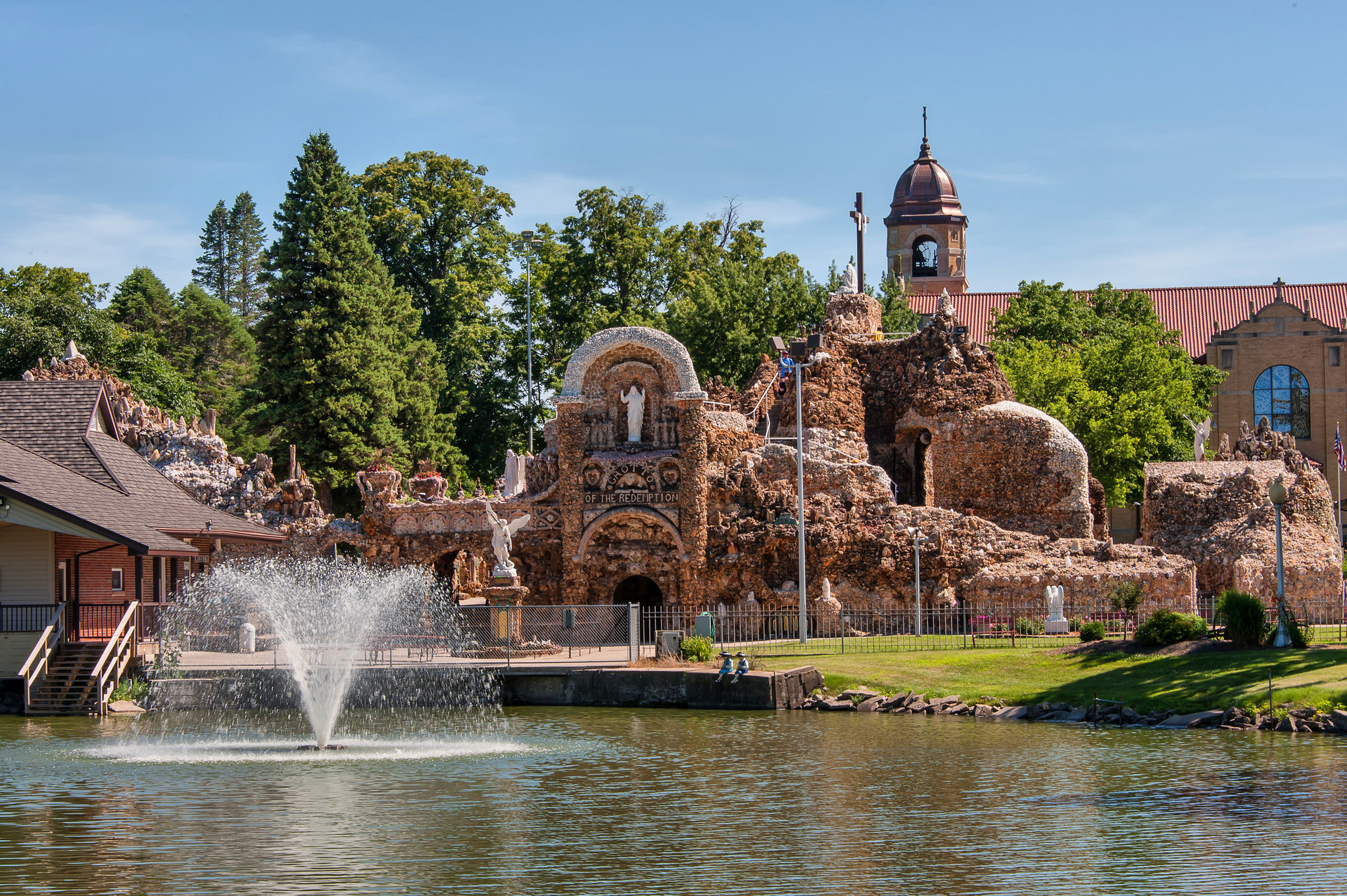 The World S Largest Shrine Is Iowa S Grotto Of The Redemption