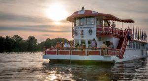 This Sunset Wine Cruise In Pennsylvania Is The Perfect Summer Adventure