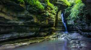 The One County In Arkansas With Over 100 Waterfalls You'll Want To Visit