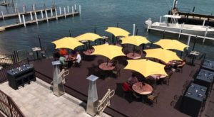 9 Detroit Restaurants Right On The River That You're Guaranteed To Love