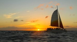 This Sunset Cruise In Hawaii Is The Perfect Summer Adventure