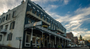 This Northern California Hotel Is Among The Most Haunted Places In The Nation