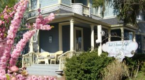 Spring is the Perfect Time to Visit This Enchanting Garden Bed and Breakfast In Wisconsin