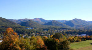 There's A Little Town Hidden In The Virginia Mountains And It's The Perfect Place To Relax