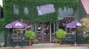 The 5 Wackiest Restaurants In Indiana Where Dining Is A Blast