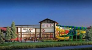 There's A Brand New Waterpark Lodge In Illinois That Makes Summer Feel Endless
