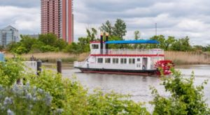 Spend A Perfect Day On This Old-Fashioned Paddle Boat Cruise In Delaware