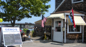 This New Hampshire Hidden Gem Serves The Best Chowder You've Ever Had