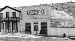 The Old Mining Town In Wyoming With A Sinister History That Will Terrify You