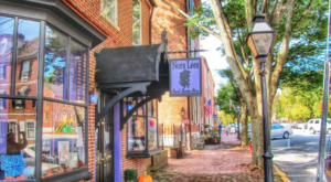 Visit The Bayou Without Leaving Delaware At This Quirky Landmark Restaurant