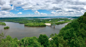 The Easy Trail In Iowa That Will Take You To The Top Of The World