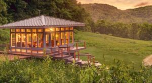 Here's The Most Utterly Gorgeous Mountain Cabin In The U.S. And You'll Want To Visit