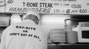 This One-Of-A-Kind Burger Can Only Be Found At This Classic Missouri Diner