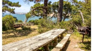 The Incredibly Calm Beach In Northern California That You'll Definitely Want To Lounge At