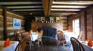 The Remote Cabin Restaurant In Missouri That Serves Up The Most Delicious Food