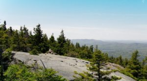 7 Easy And Beautiful Spring Hikes Everyone In New Hampshire Will Love