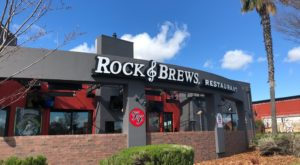 Visit This Amazing Rock N' Roll Themed Restaurant In Northern California For A Blast