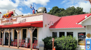 You'll Absolutely Love This 50s Themed Diner In South Carolina