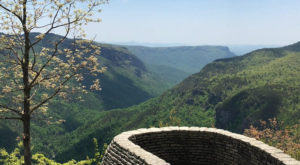 The Easy Trail In North Carolina That Will Take You To The Top Of The World