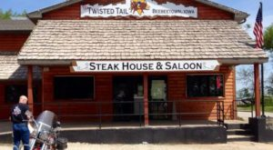 The Remote Cabin Restaurant In Iowa That Serves Up The Most Delicious Food