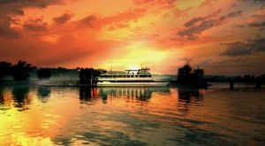 Have The Meal Of A Lifetime On This Stunning Wisconsin River Cruise