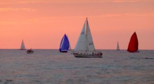 The One-Of-A-Kind Sailboat Tour In Michigan You'll Absolutely Love