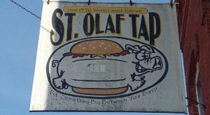 This Iowa Landmark Restaurant Serves The Most Mouthwatering Tenderloins