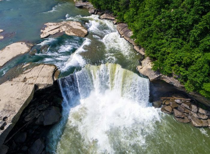 8 Epic Vacation Spots In Kentucky