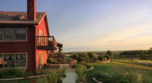 You'll Never Want To Check Out Of This Kansas Lodge With An Otherwordly View