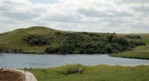 The Underrated Lake That Might Just Be The Most Gorgeous Place In North Dakota