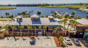 The Views At This Waterfront Restaurant In Louisiana Are Mesmerizing