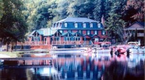 10 Lakeside Restaurants In Pennsylvania You Simply Must Visit This Time Of Year