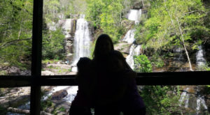 Your Kids Will Love This Easy 2.3 Mile Waterfall Hike Right Here In South Carolina