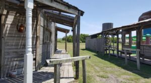 The Spooky Ghost Town Near Austin That Will Take You Back In Time