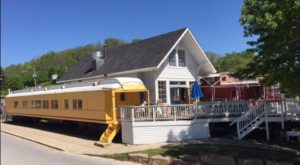 You Can Dine In A Historic Train Car At This Tasty BBQ Restaurant In Missouri