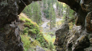 The Beautiful Bridge Hike In Wyoming That Will Completely Mesmerize You