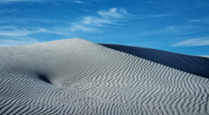 The Largest Sand Dune Field In Nevada Is One Of The Most Breathtaking Sights In The World